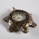 Настольные часы Turtle c коробкой